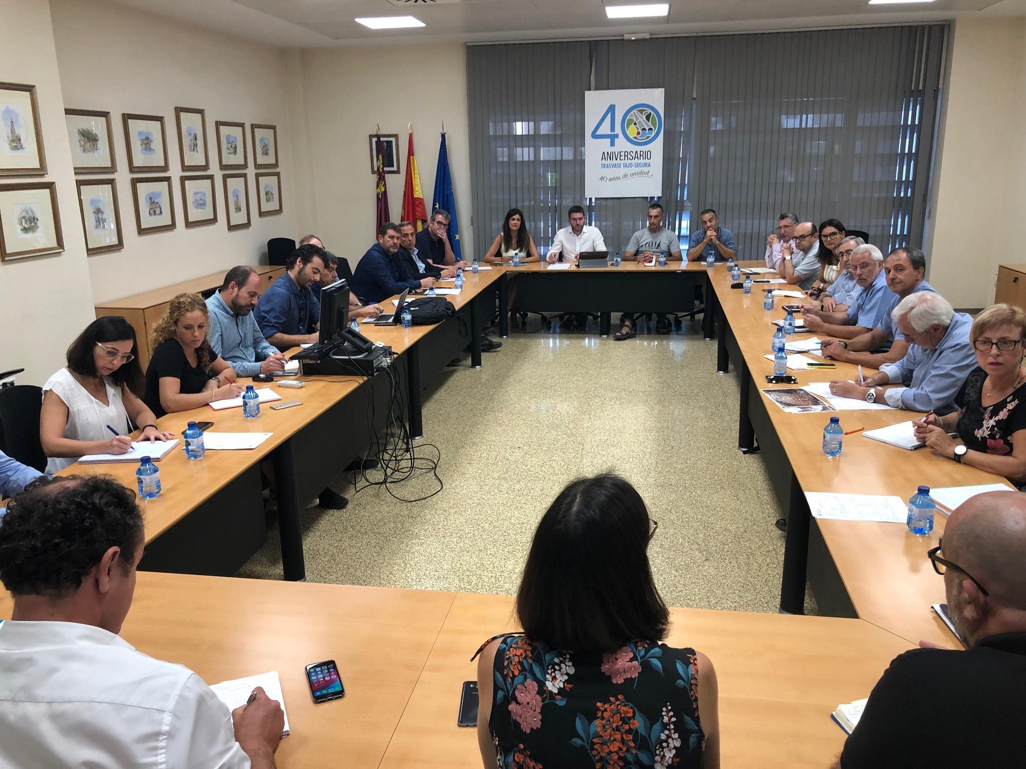 Un momento de la reunión del Grupo de Ecología Lagunar. Imagen: CARM
