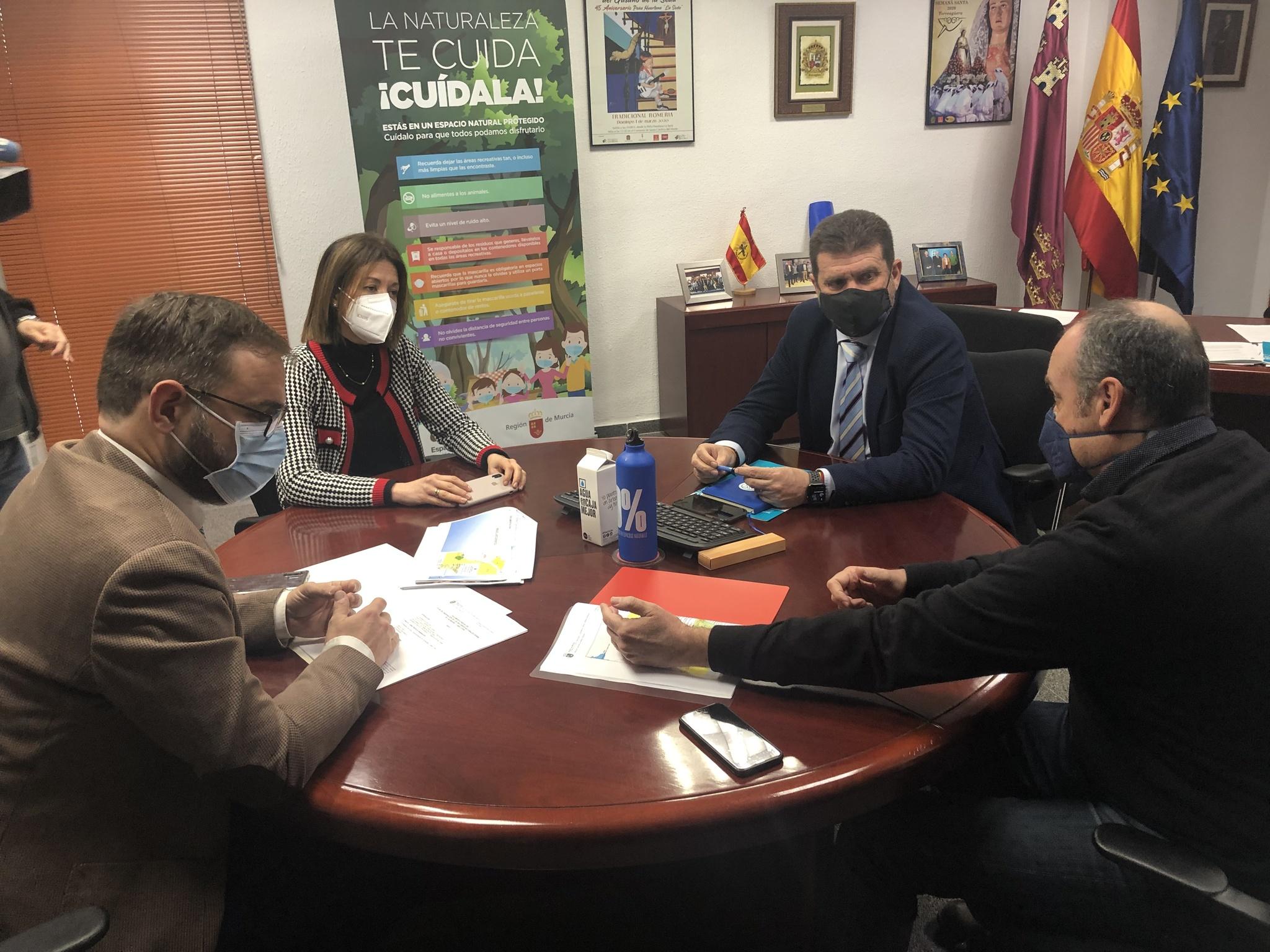 Fulgencio Perona se reúne con los alcaldes de Lorca y Águilas para avanzar en la tramitación del PORN del Parque Regional de Calnegre y Cabo Cope. Imagen: CARM