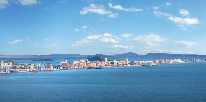 Vista de La Manga y del Mar Menor. Imagen: CARM