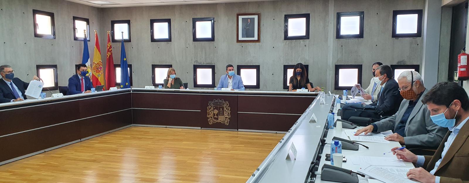 Un momento de la  reunión del Foro Interadministrativo del Mar Menor en San Pedro del Pinatar. Imagen: CARM