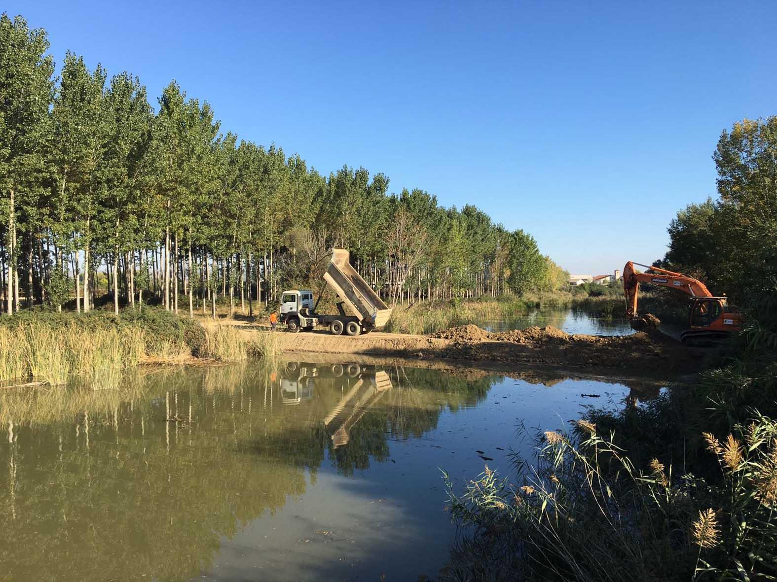 Construcción diques auxiliares. Imagen: Mapama