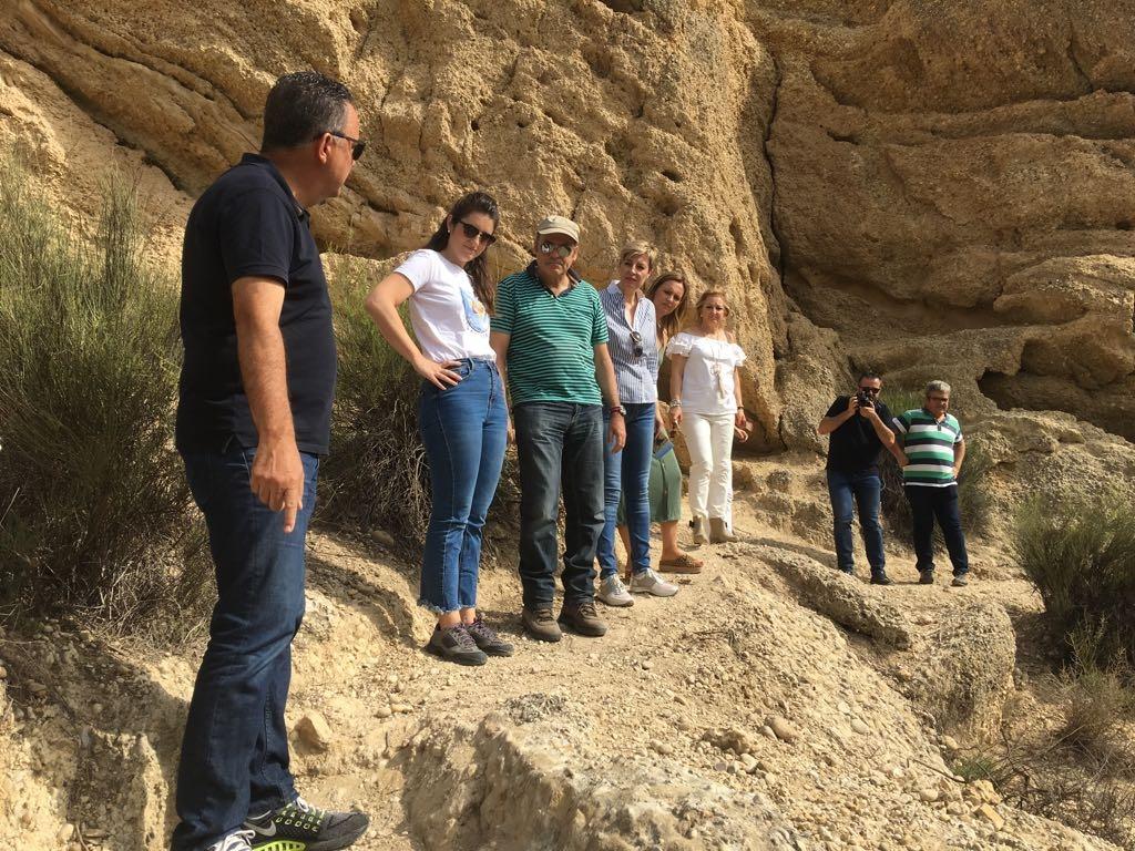 Visita al sendero en el paraje de Rambla Salada. Imagen: CARM