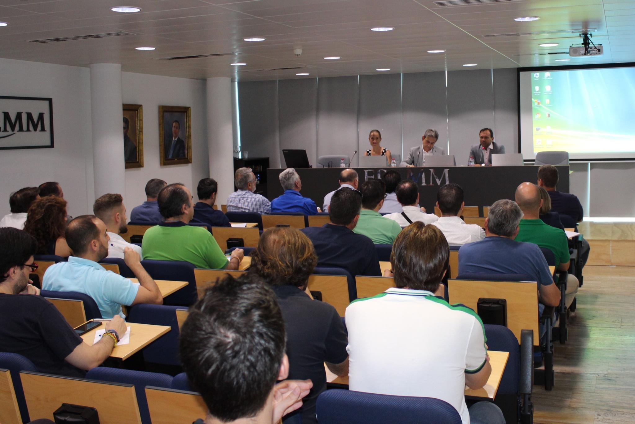 Presentación de las ayudas para la instalación de placas solares en viviendas, el pasado julio. Imagen: CARM
