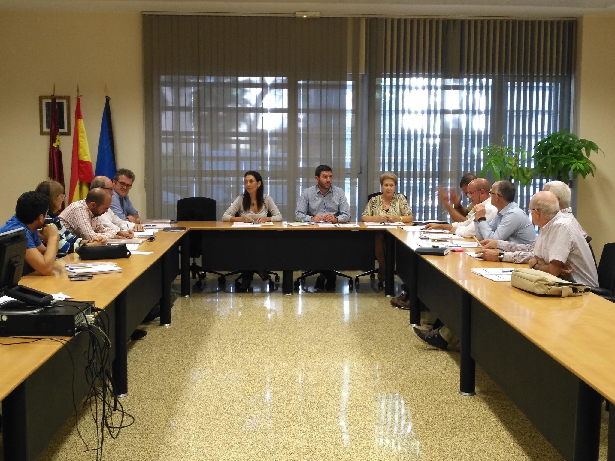 Reunión del grupo de expertos sobre la Sierra Minera. Imagen: CARM