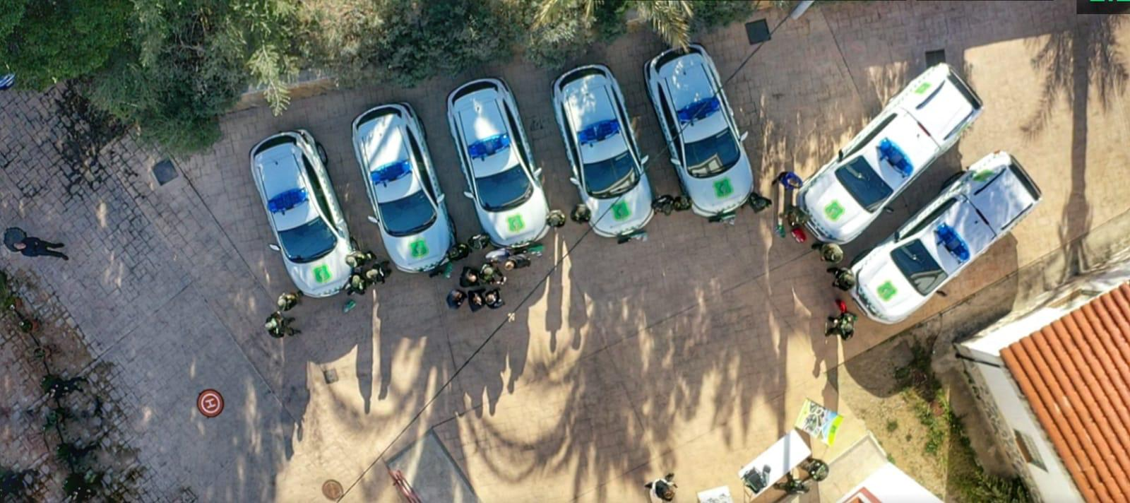 Vista aérea de los nuevos vehículos de los agentes ambientales. Imagen: CARM