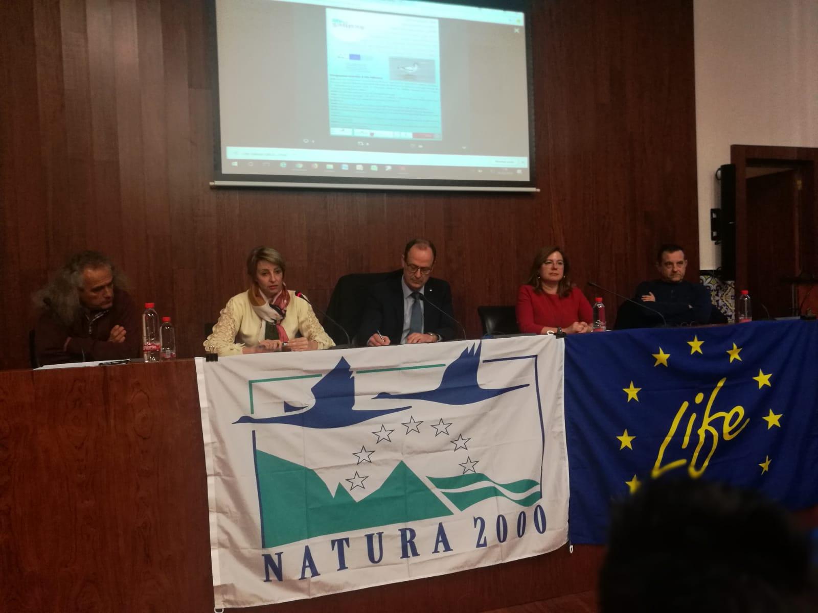 Un momento de la jornada de presentación del proyecto europeo Life Salinas. Imagen: CARM