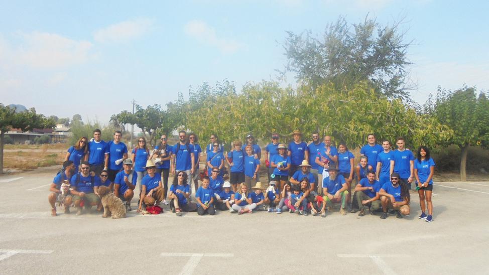 Foto de grupo en El Garruchal. Con Decathlon Cartagena y Adesga.