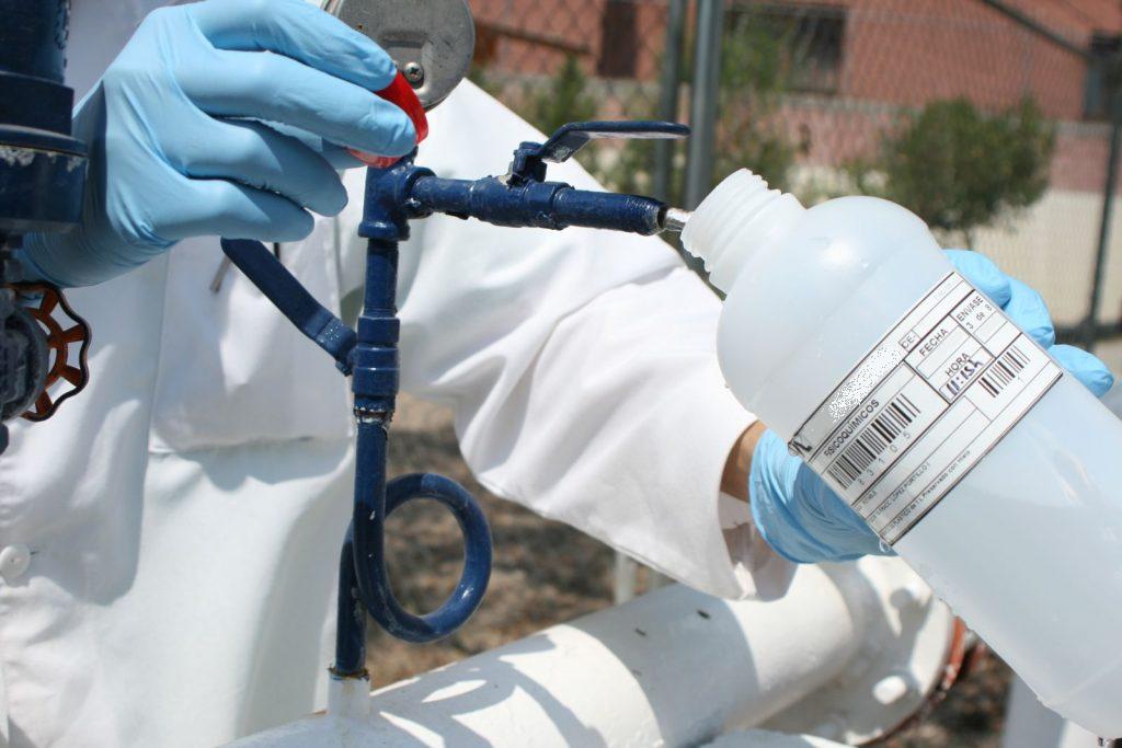 Analisis de agua. Imagen: Huermur