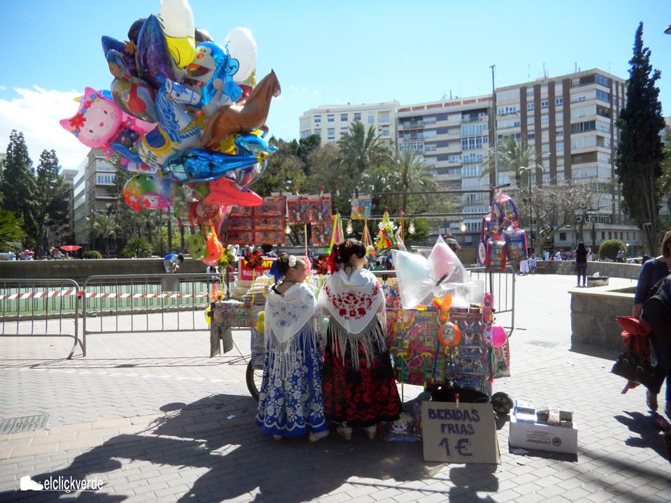 Nos da la sensación de que el Bando se celebra a espaldas de la Huerta.