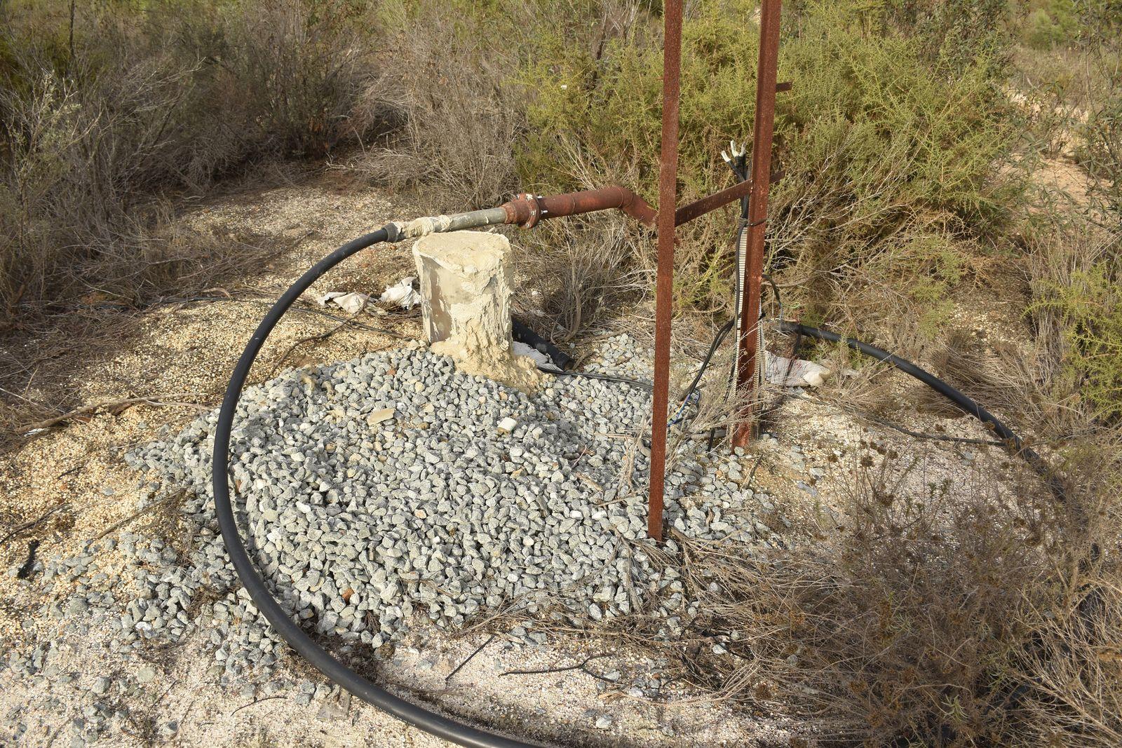 Clausura de pozos ilegales en el PN. Imagen: Jorge Sierra / WWF