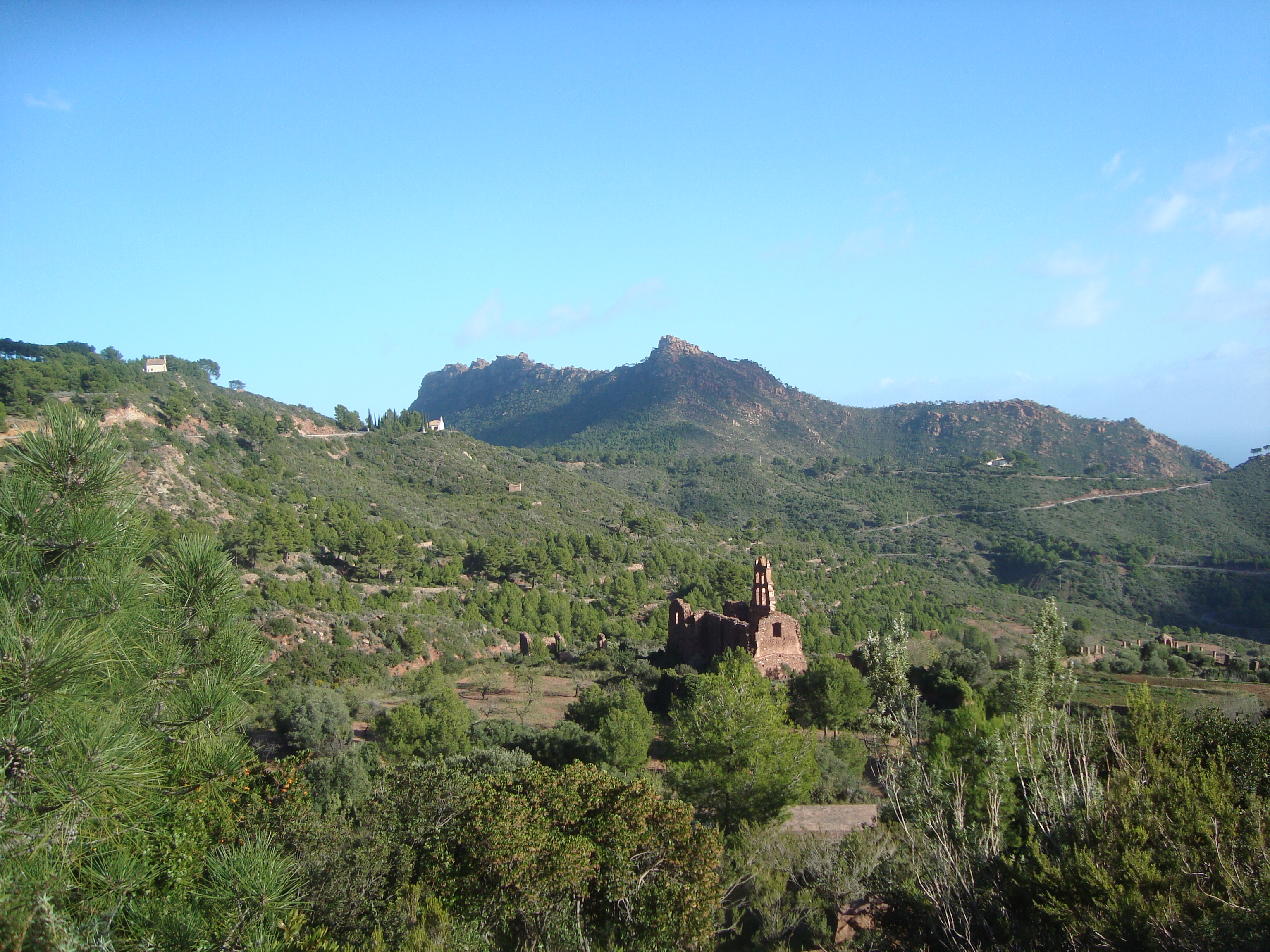Panorámica del Desert de Les Palmes en Benicasim. Imagen: Juan Emilio Prades Bel / Wikipedia