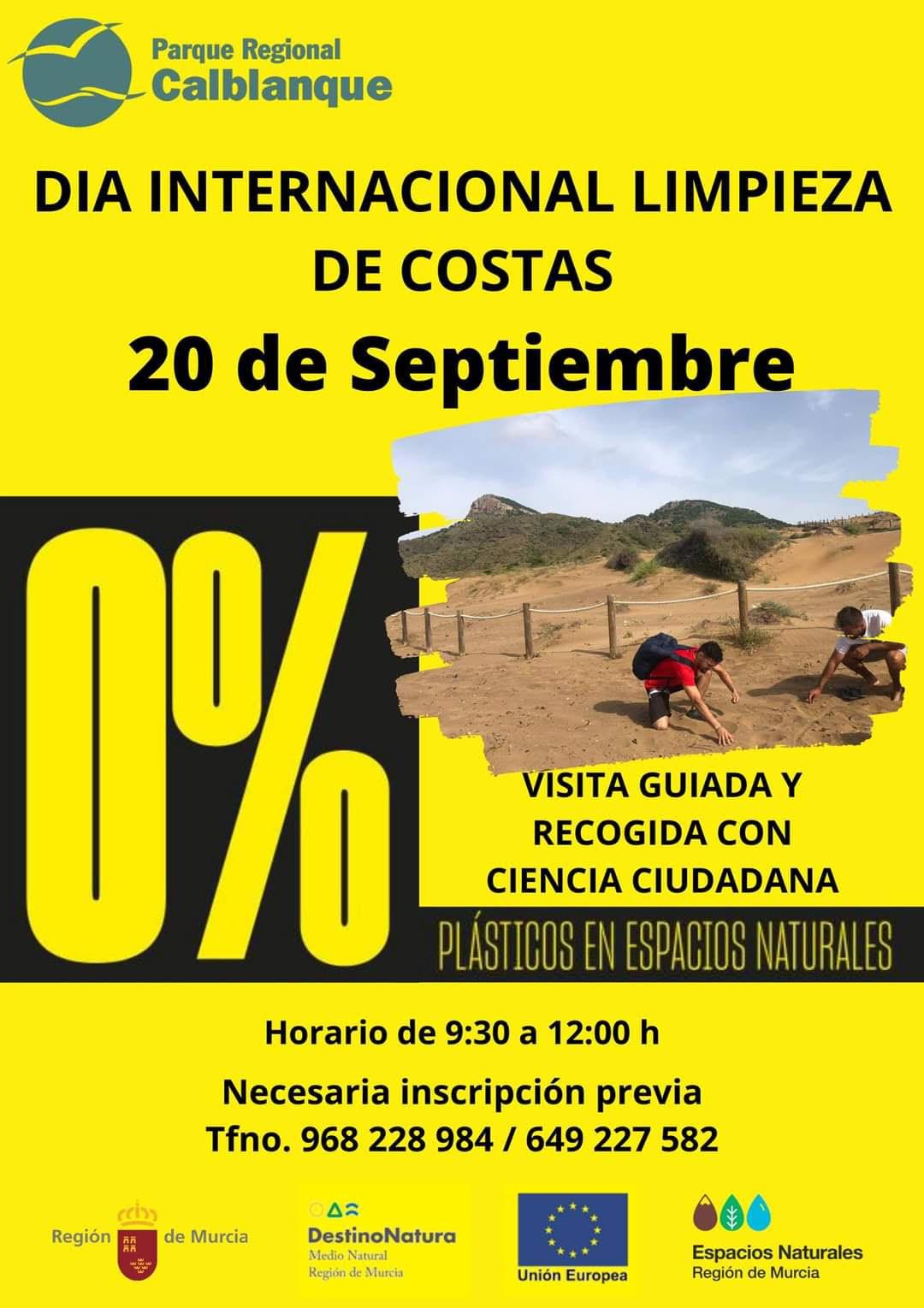 Limpieza de costa en Calblanque, con los ENP de la Región de Murcia