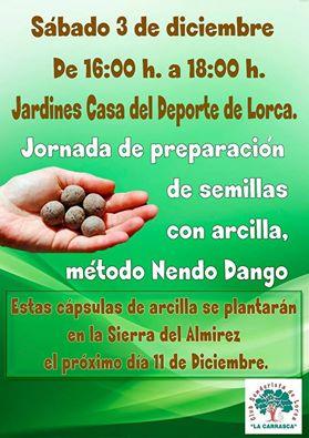 Elaboración de cápsulas de arcilla con semillas, con La Carrasca