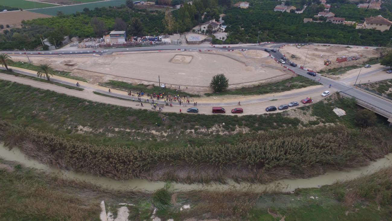 Foto aérea de los terrenos donde iría la futura gasolinera. Imagen: Huerta Viva