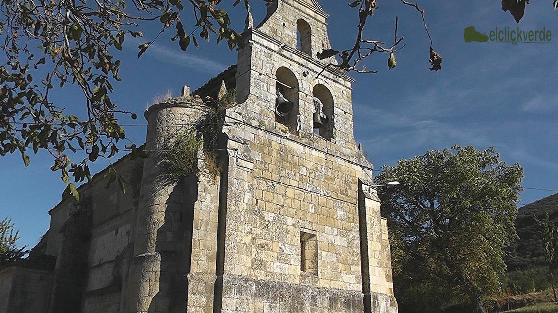 Foto: Iglesia de Santa Olalla. prácticamente cada grupo de casas posee una iglesia