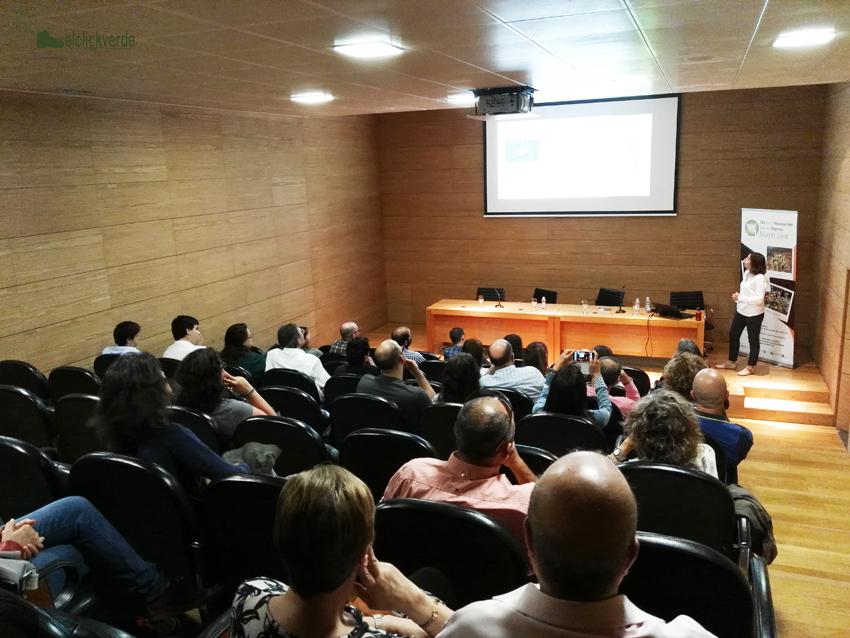 La doctora María José Vicente presentó al garbancillo de Tallante