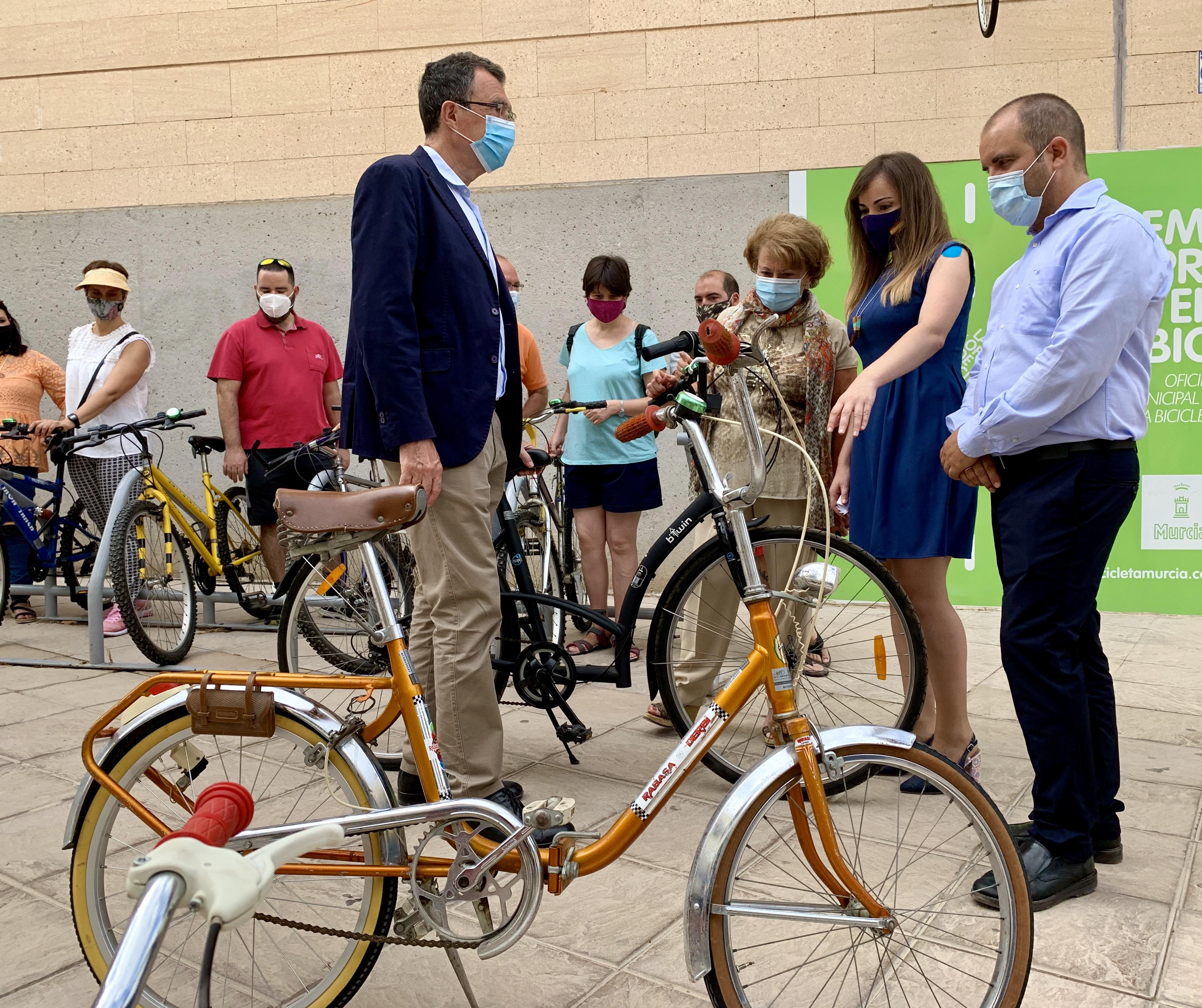 Las bicicletas a recuperar han de ser donadas por particulares a la Oficina Municipal de la Bicicleta. Imagen: Ayto. de Murcia