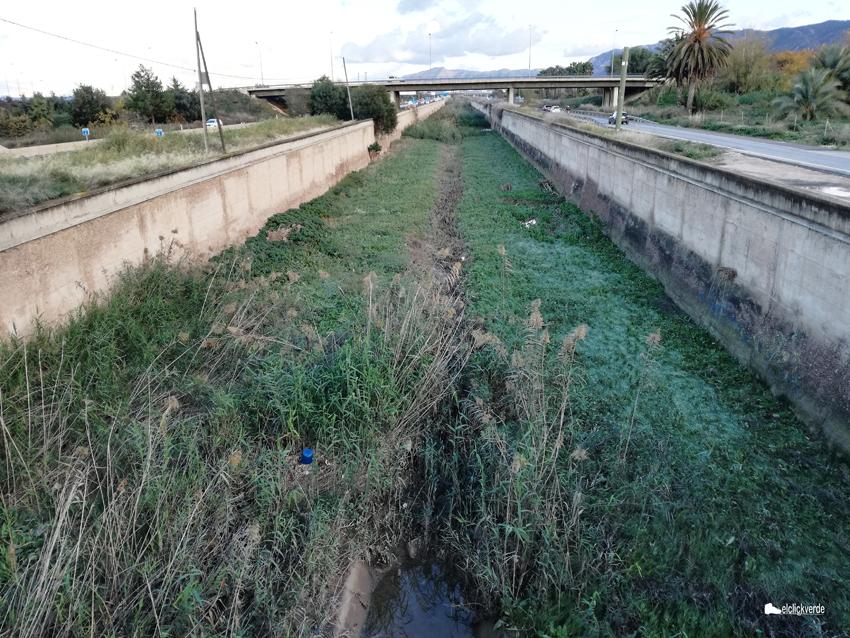El Reguerón, a su paso por El Palmar, aguas arriba de Algezares