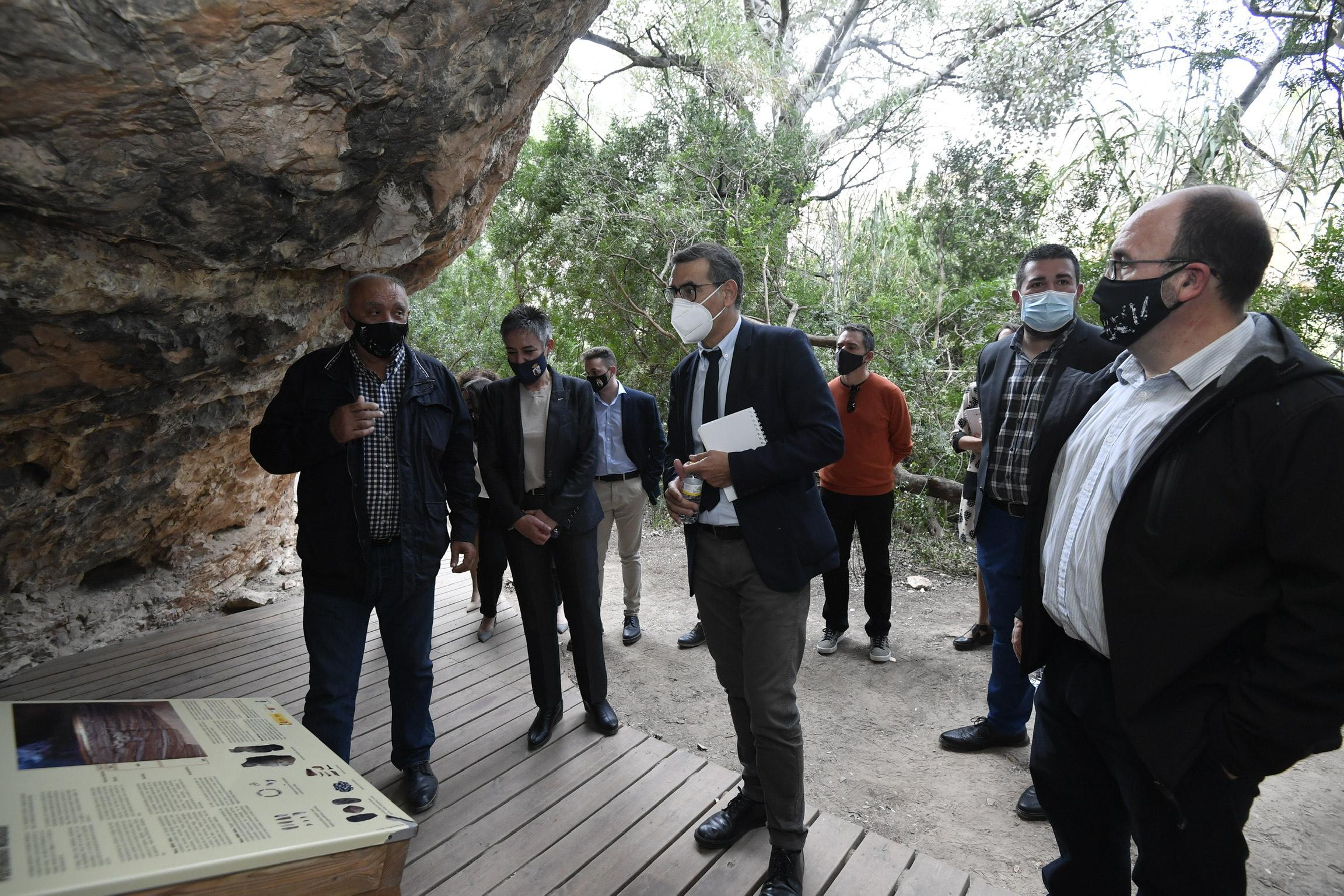 la construcción se hará con los materiales que se encuentran en el entorno y utilizando técnicas prehistóricas. Imagen: UMU