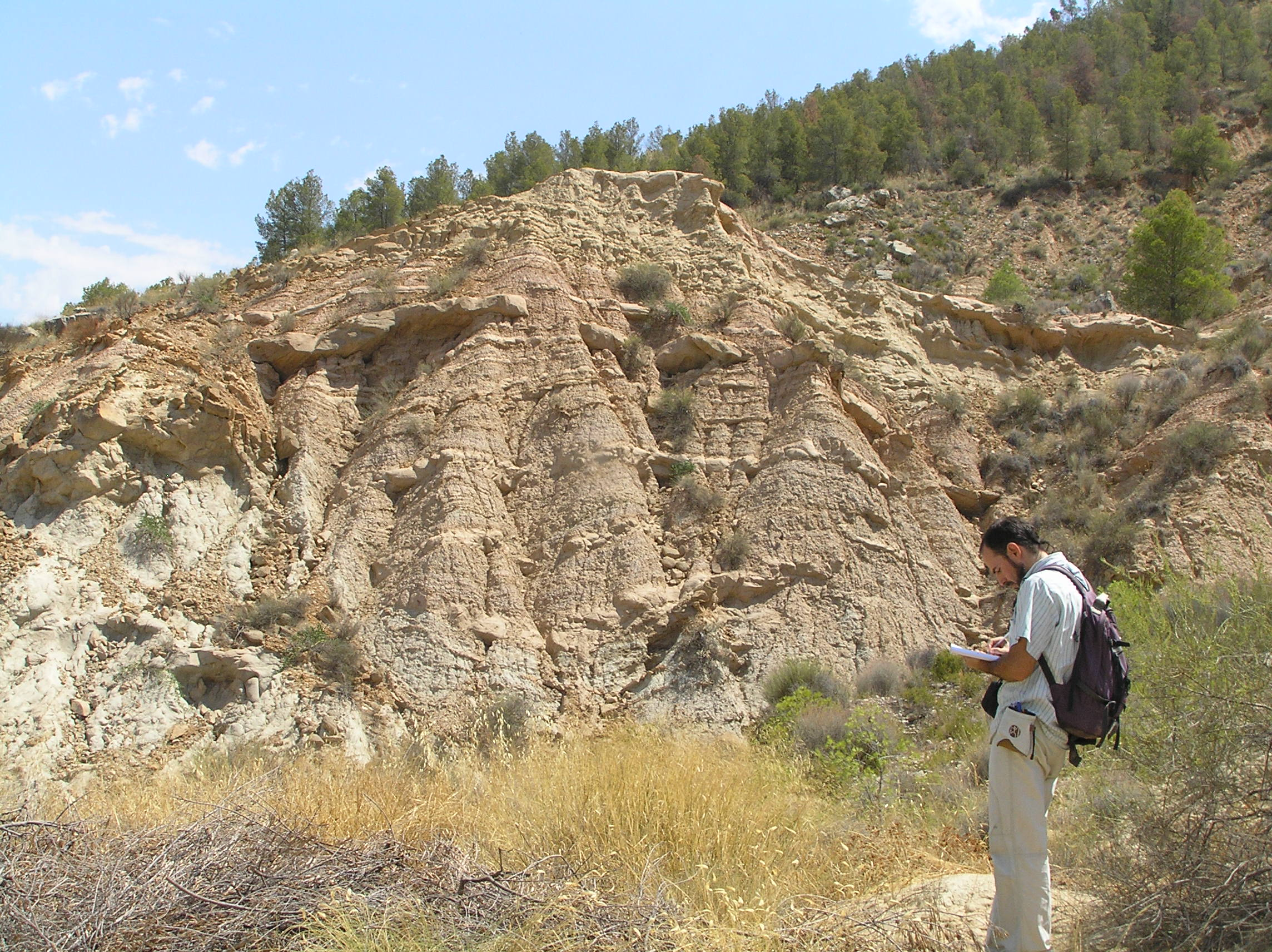 Identificación de puntos de interés geológico.